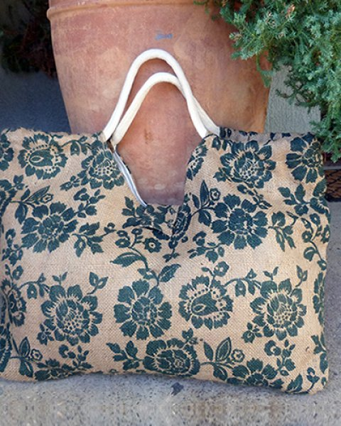 Double 6 Hessian Large Carry Bag Green