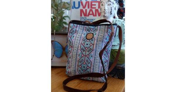Hmong Embroidered Shoulder Bag 2