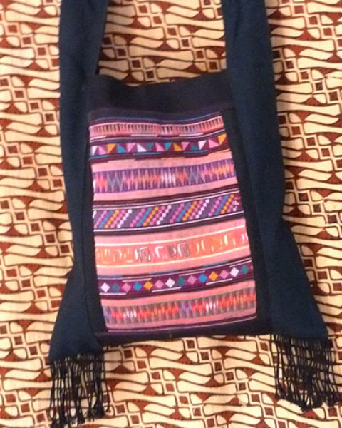 Akha Shoulder Bag 3