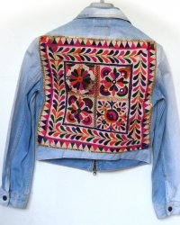 Denim Jacket Levi Strauss Brand Indian Tribal Embroidery size M