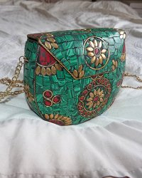 Nepal Stone Chip Purse Malachite Green & Red Coral