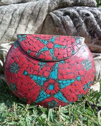 Nepal Stone Chip Purse Large Red