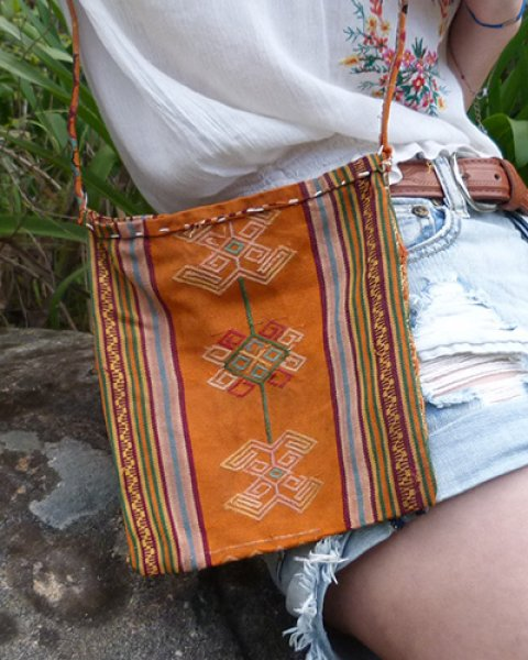 Atoni Small Shoulder Bag 1