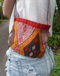 Atoni Small Shoulder Bag 2