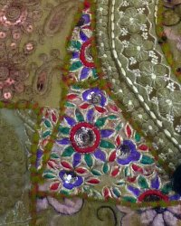 Bundi Embroidered Carry Bag 5